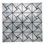 Metal prata triangular