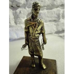 Gaucho Criollo Figura En Bronce Macizo Antiguo Estatuilla