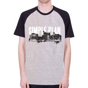 Camiseta Simples Preta - Camisetas Manga Curta para Masculino no ... bae41467dce