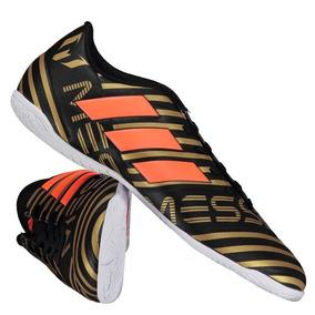 Carregando  100% high quality 7d013 b3e32 Chuteira adidas Nemeziz Messi  17.4 In Futsal Preta 691a76333c1c7