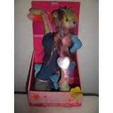 Mascotes Divertidos Barbie Mattel Gatinha Cabeleireira