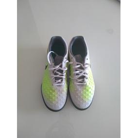 c821b26833 Chuteiras Nike de Society para Adultos Tamanho 36 36