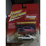 Auto De Colección Match 1 Marca Johnny Lightning