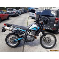 Suzuki Dr 501 Cc O Más