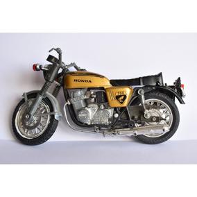 Moto De Colección Honda 750 - Italia - Escala 1/25