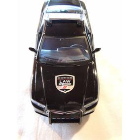 Miniatura Policia Dodge Charger Pursuit 2011 1:24 Motormax