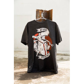 Camiseta Gris Hit N Run Tiburon