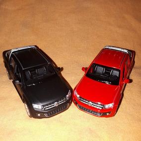 Camioneta Volkswagens Pickap Amarok. Metal- Coleccion