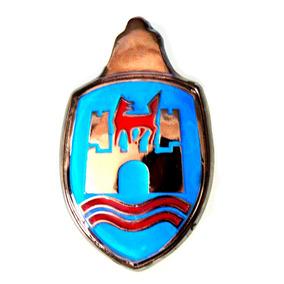 Blason Emblema Cofre De Vw Sedan Vocho Azul Y Rojo 2