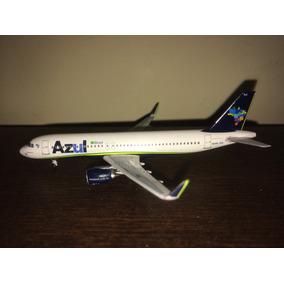 Avião Miniatura - Azul - A320 Neo - 1:400 - Aeroclassics