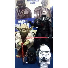 Coleção Disney Star Wars Combo Darth Vader + Yoda + Chaveir