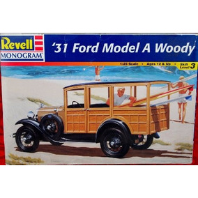 Ford 1931 Model A Woody Revell Monogram Escala 1/25 Nuevo
