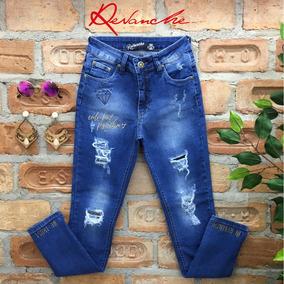 Calça Skinny Jeans Destroyed E Bordado Revanche
