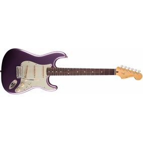 Guitarra Squier Classic Vibe Strato 60s Burgundy M M