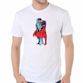 Remera Superman Batman Kiss Beso Love Orgullo Gay Lgbt Envio