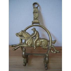 Antiguo Perchero Pared,hierro Fundido Dorado,motivo Ecuestre