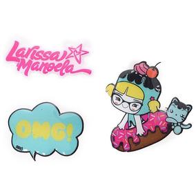 Bolsa Da Larissa Manoela Branca Com Stickers - Calçados, Roupas e ... 467db3f0b1
