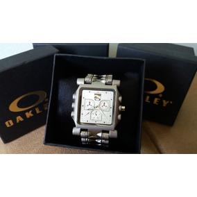 d4e934661c8 Caixa Invertido De 12 Oakley - Relógio Masculino no Mercado Livre Brasil
