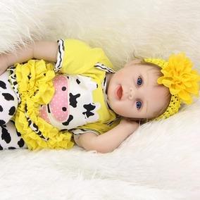 Boneca Reborn Laço Amarelo Em Promoção Por 415,00 Reais