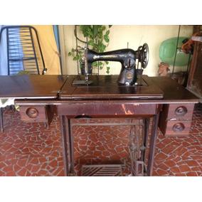 Máquina Costura Singer Pedal Raridade Antiga Com Mesa Deluxe