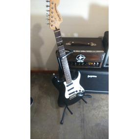 Stratocaster Squier Hot Rails + Estuche Semi Rigido