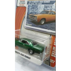 Greenlight Greenmachine 1970 Plymouth Road Runner Chase