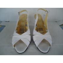 Sandalias Usadas Blancas #8 De Cuero Colombiono Como Nueva