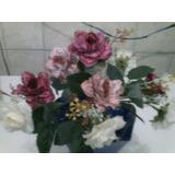 Arranjo De Flores Em Tecido