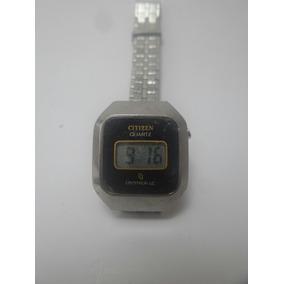 4e92796e185 Relógio Citizen Cryston Alarm Digital Antigo Anos 80 Raro. Usado - Paraná · Relógio  Citizen Feminino Década De 70 80 - Máquina Do Tempo