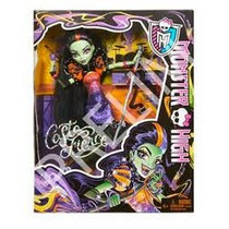 Monster High Casta Fierce Draculaura Frankie Stein Twyla