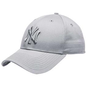 d013f8cd0b116 Gorra New Era De Los Yankees Color Gris en Mercado Libre México