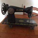 Maquina De Costura Elgin Pretinha