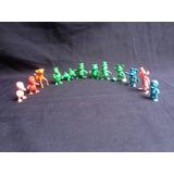 Walt Disney , Hermosos Mini Muñequitos Coleccionables.