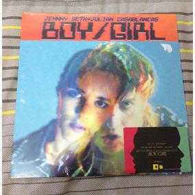 Jehnny Beth + Julian Casablancas The Strokes Boy/girl