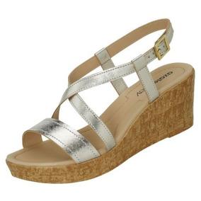 c2045cd9b3 Sapato Salto Anabela Em Cortica Feminino Azaleia - Sapatos no ...