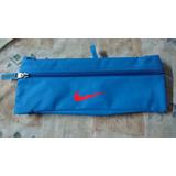 Canguro Nike Doble Bolsillo