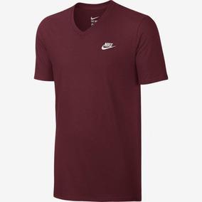 Camiseta Masculina Nike Tte-v Neck Manga Curta 827023-063