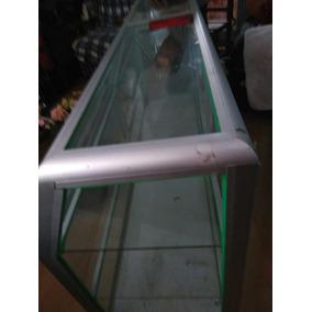 Vitrina Mostrador De Dos Puertas Hecha En Aluminio