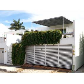 Preciosa Casa Residencial En Privada Hacienda Xcumpich