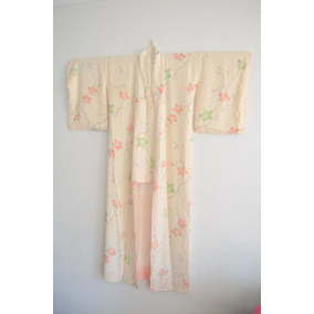 Kimono Japones De Mujer, Color Beige, Flores Japonesas