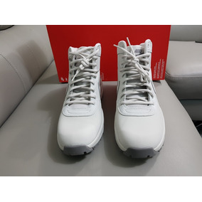Botas Nike Manoadome