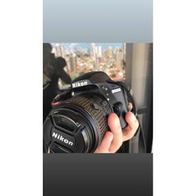 Nikon D3300 + Tripé Vivitar