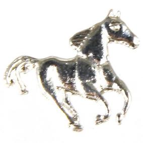 Boné Armani Boton - Acessórios para Cavalos no Mercado Livre Brasil 1abcd92c34f