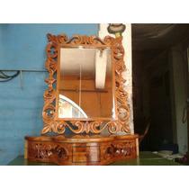 Coqueta Con Espejo