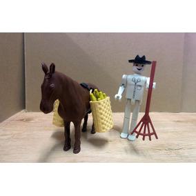 Cavalo Com Cesto De Milho E Boneco Rastelo Fazenda Mniatura