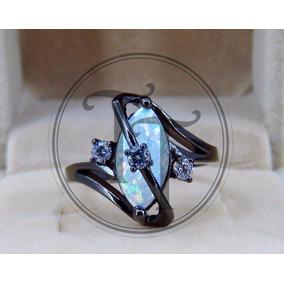 Anillo En Oro Laminado Negro 10k Con Opal, Swarovski