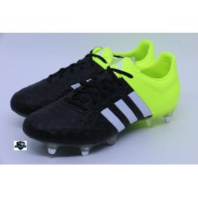 Chuteira Adidas - Chuteiras Adidas para Adultos Preto em Espírito ... e45cc43feb65d