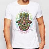 Remera Diseño De Arte Multicolor Mano De Hamsa Impresa Vera