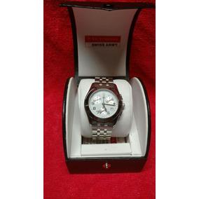 Reloj Victorinox Swiss Army Alliance Chronograph.