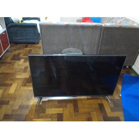 Tv Lg 49 Polegadas Com Cristal Líquido Quebrado.